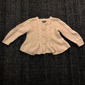 ⬇️Baby gap cotton sweater 12-18 months.